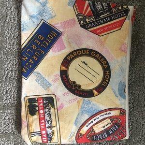 NWOT Estee Lauder Travel Cosmetic Bag